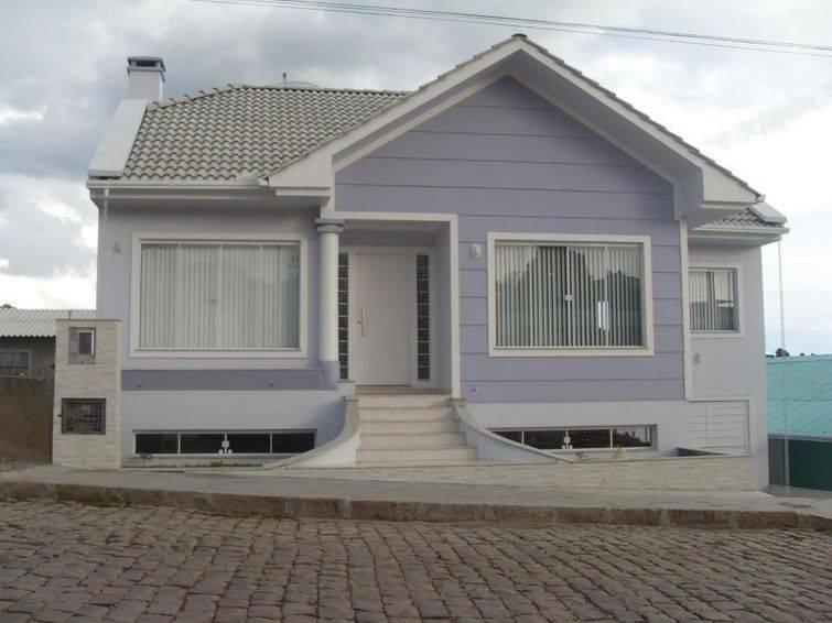 Modelo de casa de dois andares diferente