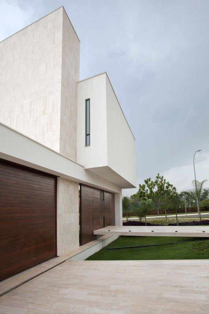 Modelo de casa com arquitetura diferenciada.