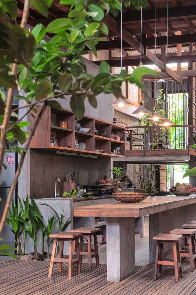 espaços gourmet com decoração rústica.