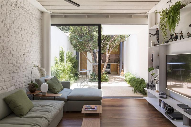 Casas modernas pequenas trazem elementos como a base neutra.