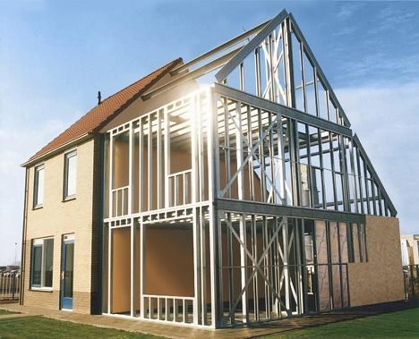 Casa com estrutura de metal que se chama Steel Frame.