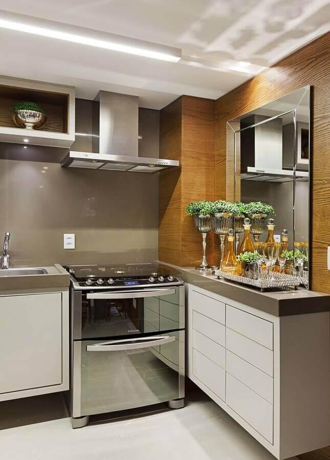 cozinha espelhada bisotê
