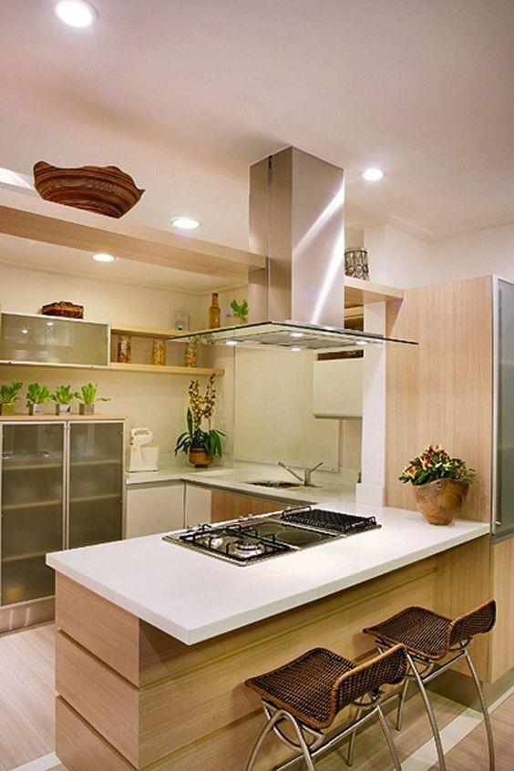 Cozinhas modernas trazem itens como a península.