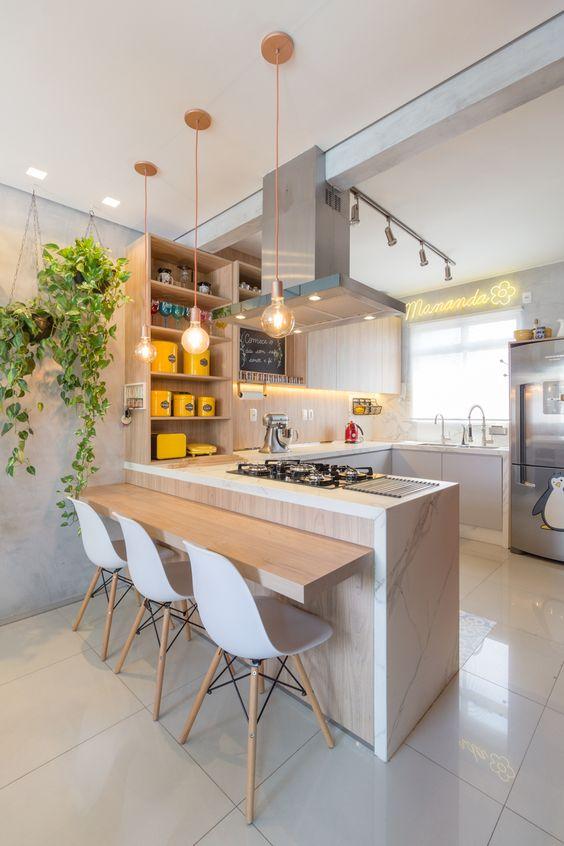 Cozinha moderna em layout U.
