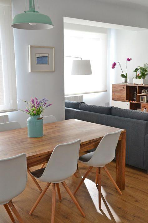 decoração de sala integrada com madeira
