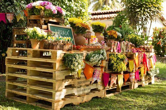 decoração de festa junina com pallets reciclados
