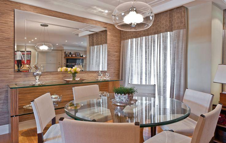 sala de jantar espelhada moderna