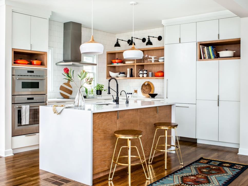 Cozinha com decoração moderna.
