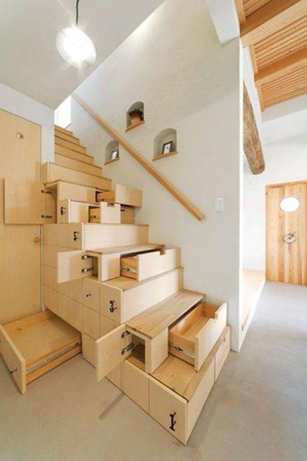 Escada gaveteiro.