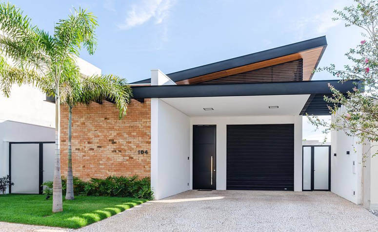 Fachadas de casas modernas com arquitetura simples e telhado  diferenciado.