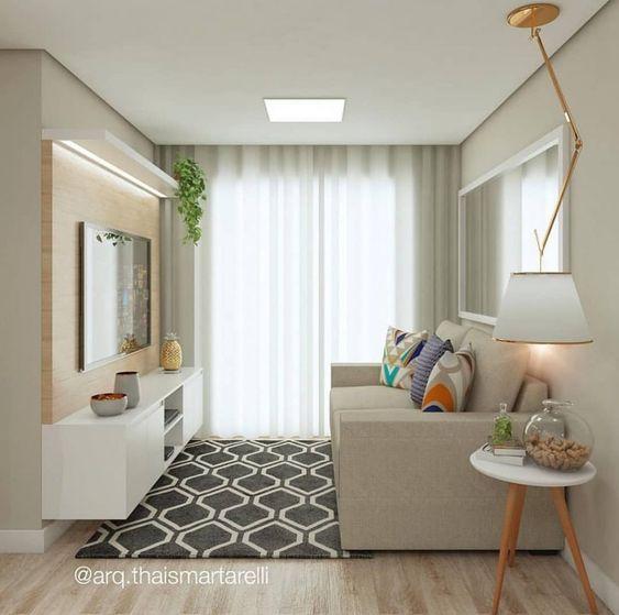 Cores para salas: aposte na base neutra e objetos coloridos.