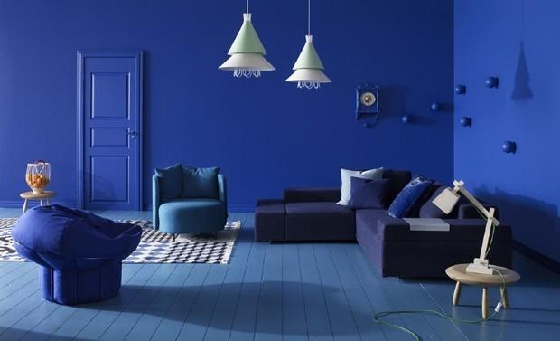 Cores para sala: Classic Blue, da Pantone.