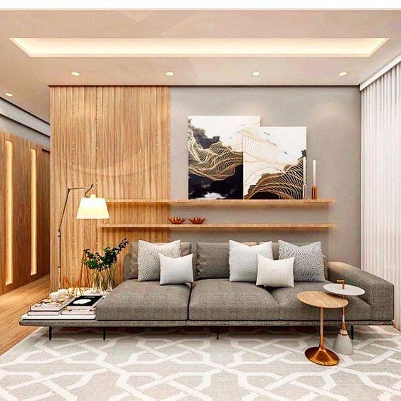 Sala de estar moderna com paleta atemporal.
