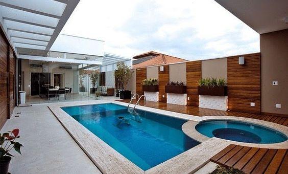 Duas piscinas em uma.