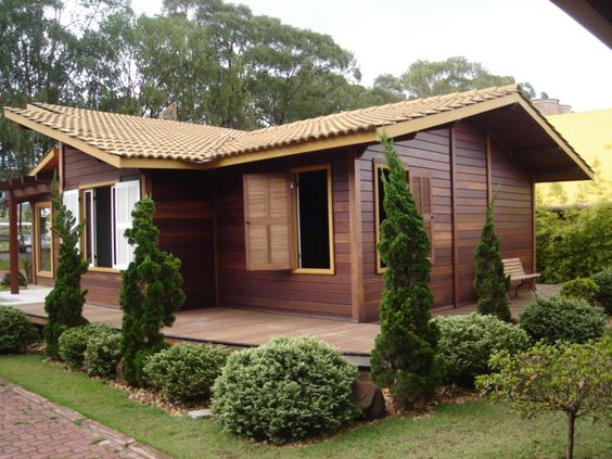 Casas de madeira com visual rústico.