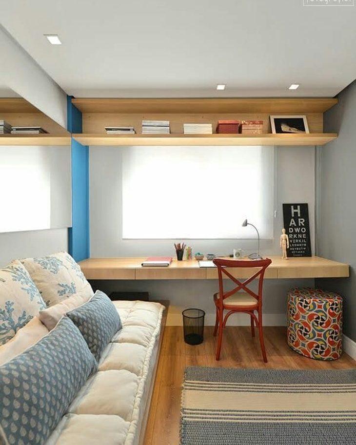 Decoração de quarto com almofadas.