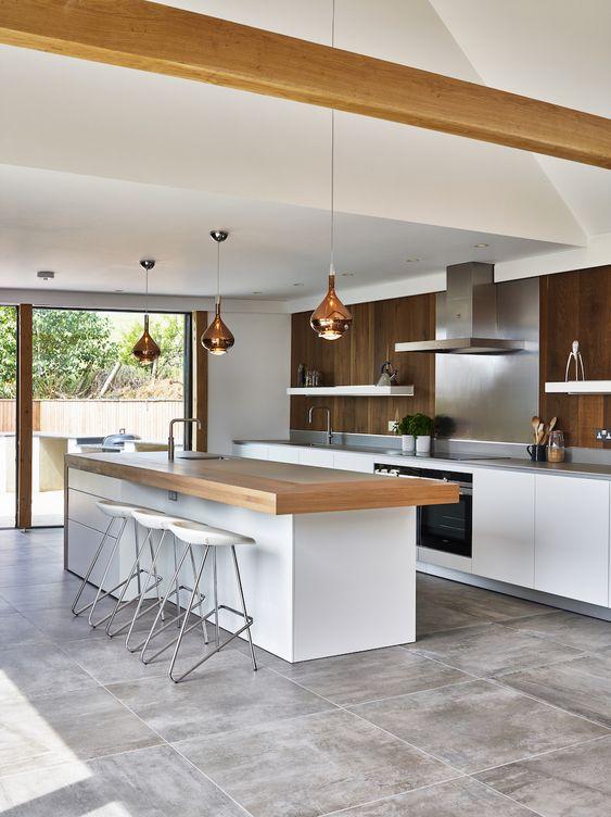 cozinha americana com sala moderna de madeira