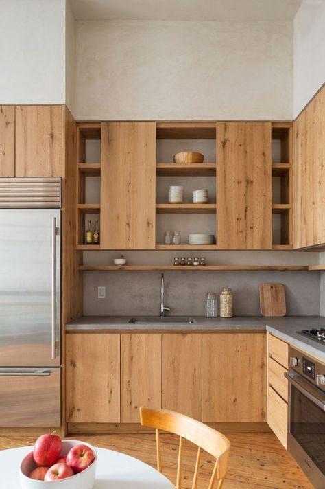 armários de madeira e bancada cinza