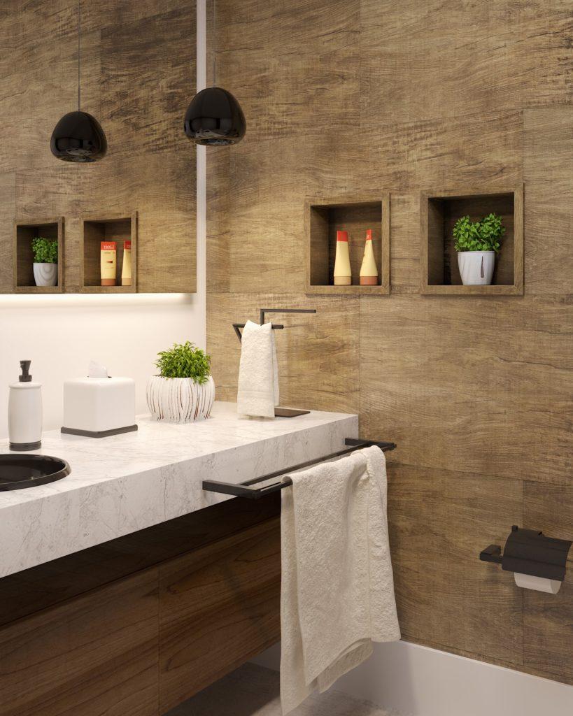 Banheiro com parede de madeira e dois nichos embutidos.