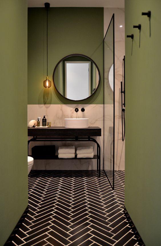 banheiro moderno verde, branco e preto