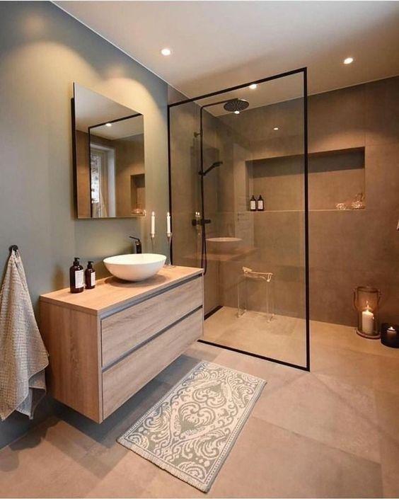 banheiro masculino moderno amplo