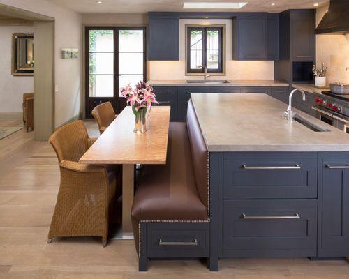 cozinha americana com sala de jantar azul