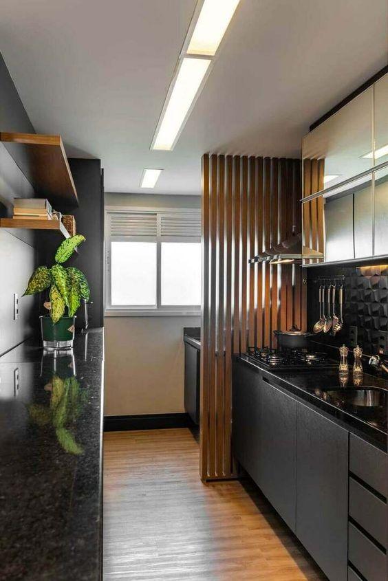 painel  de madeira para dividir lavanderia