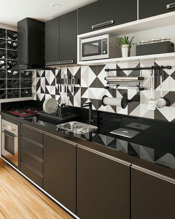 azulejo geométrico preto e branca
