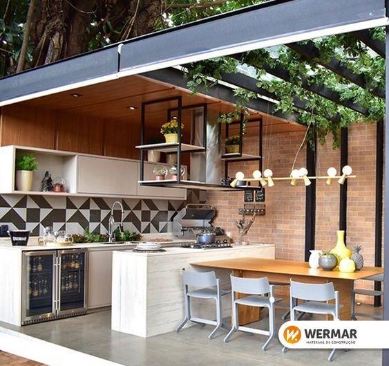 Cozinha gourmet: Entre os modelos de edícula a cozinha gourmet é perfeita para quem quer receber com estilo.