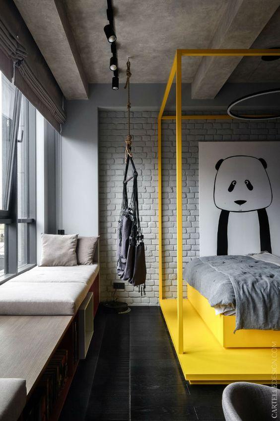 quarto industrial masculino com cama amarela