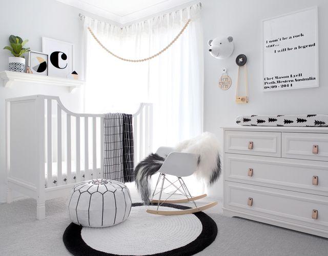 quarto bebê menino preto e branco