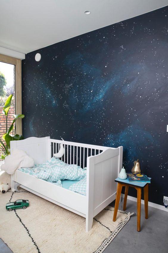 parede galáxia quarto do beb~e
