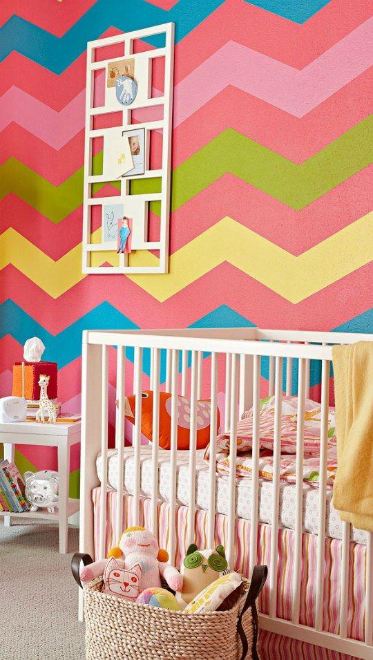 quarto de bebê menina  chevron colorido