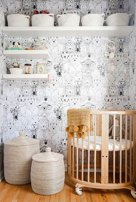 quarto de bebê  pequeno branco