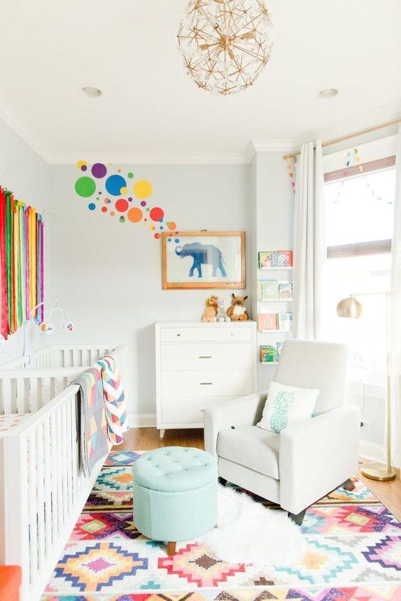 quarto de bebê menina colorido elefante