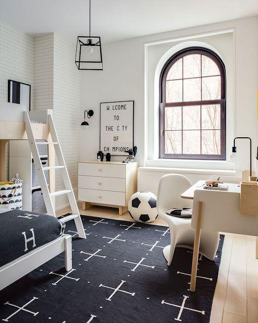 quarto de criança menino preto e branco futebol
