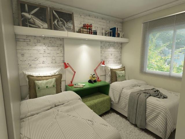 Decoração simples com duas camas.