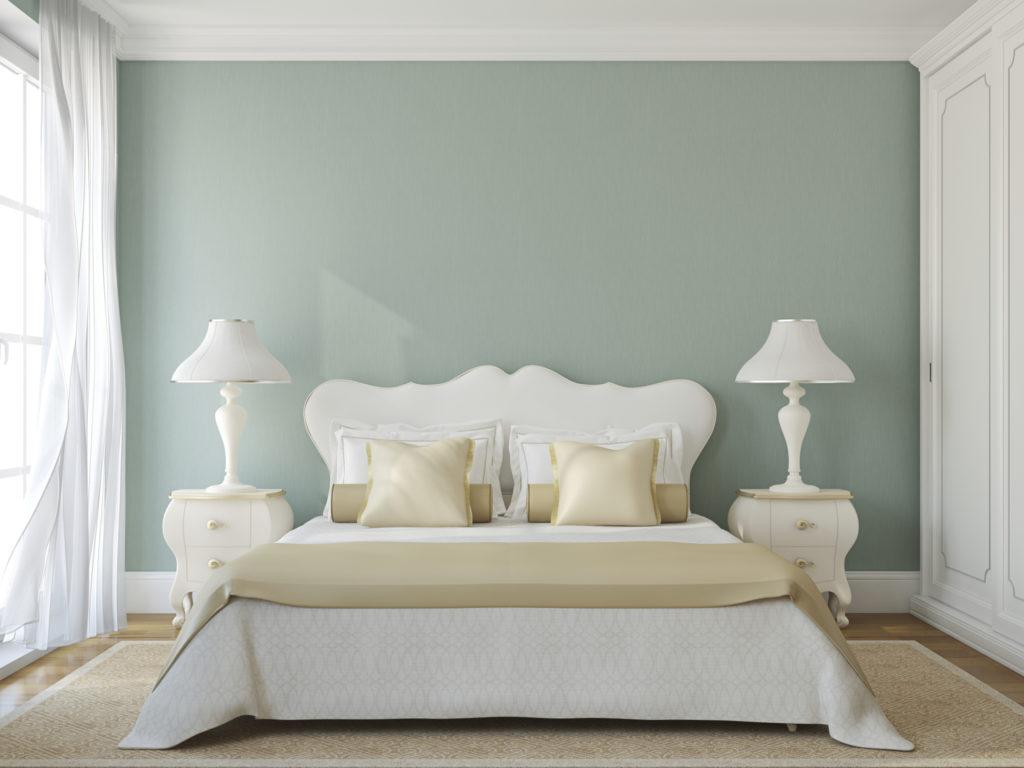 quarto elegante e discreto verde e branco.