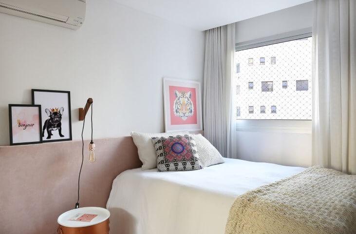 quarto solteiro simples e neutro cabeceira rosa millenial