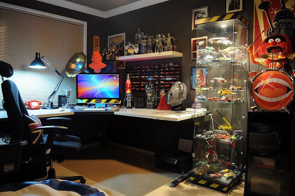 Setup gamer com decoração Star Wars