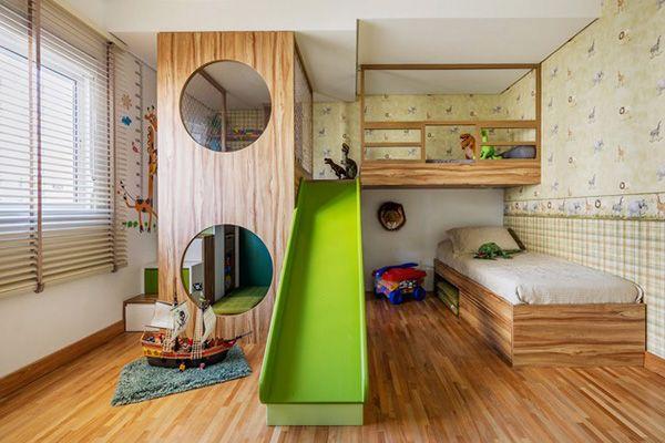 cama com escorregador verde