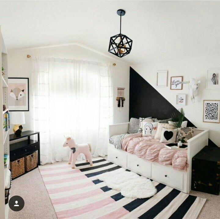 quarto preto, rosa e branco feminino