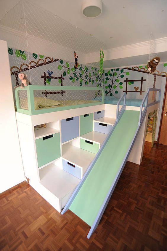 cama com nichos, gavetas e escorregador