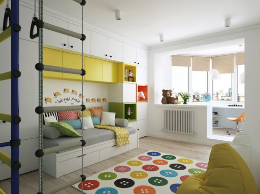 quarto infantil planejado com espaço para estudo