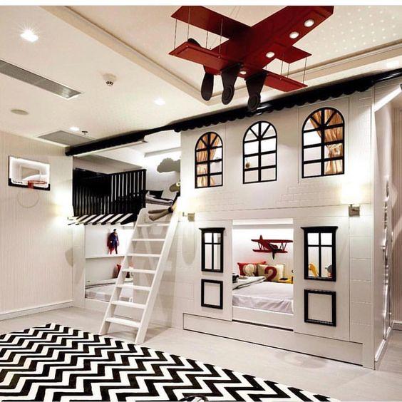 quarto de criança com cama de casinha