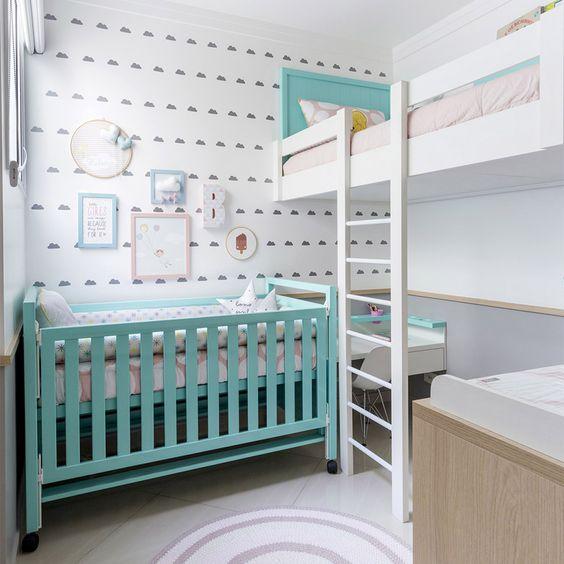 quarto pequeno de bebê e criança