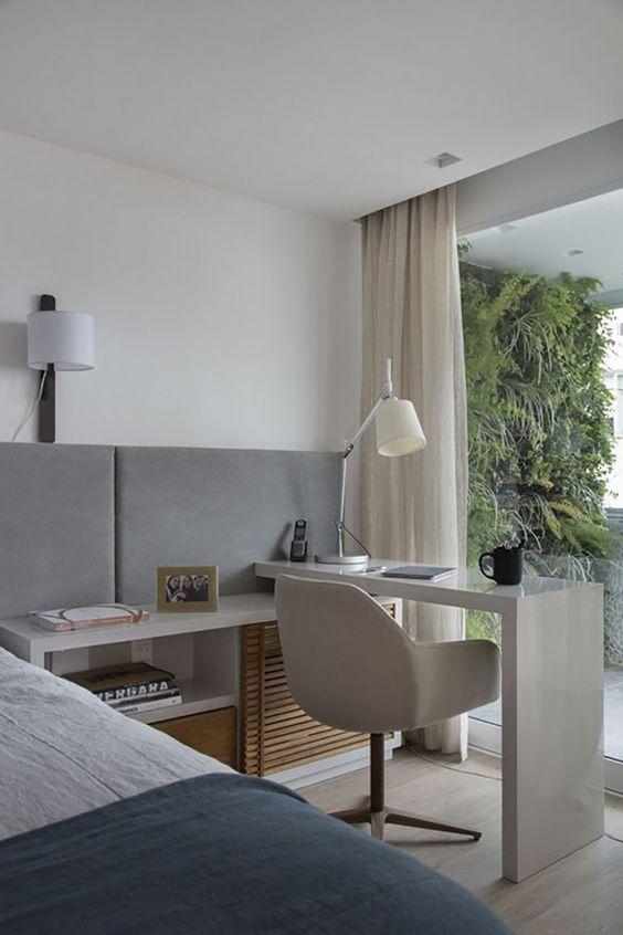 quarto neutro simples masculino com home office