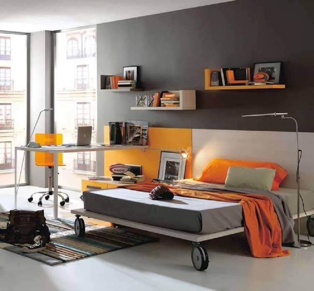 Decoração com cama moderna.