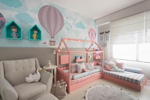 quarto de criança montessoriano menina com balões