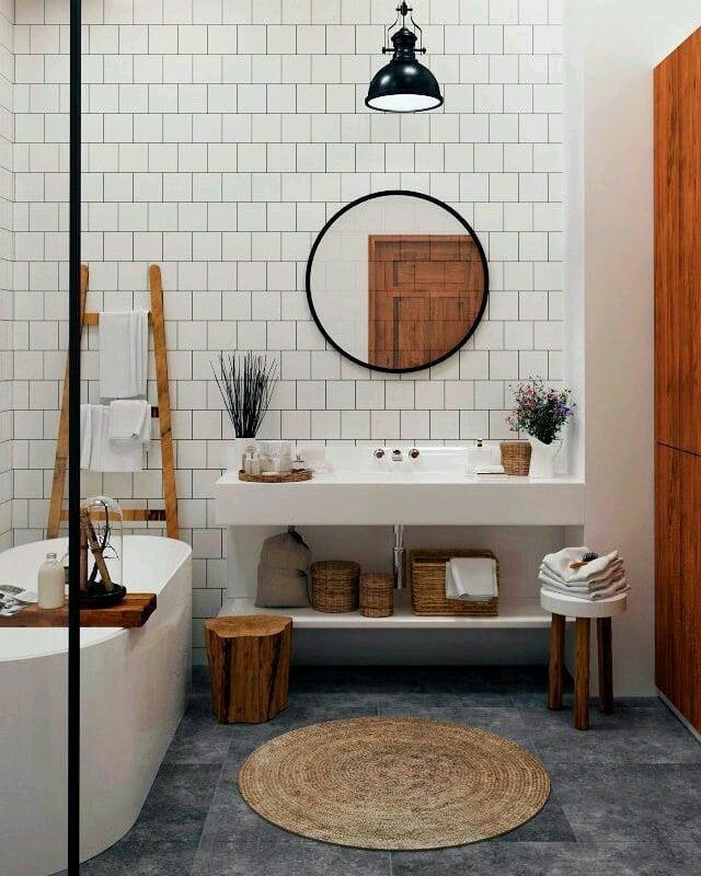 banheiro escandinavo moderno com banheira de imersão